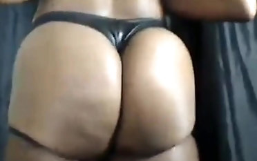 Booty & booty flexing compilation by bootytime91