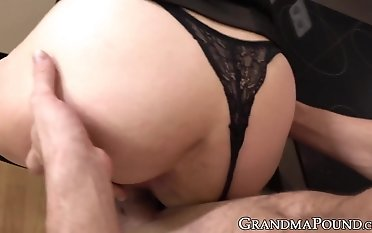 Female dom grandmother trusses her boy up before letting him plumb her