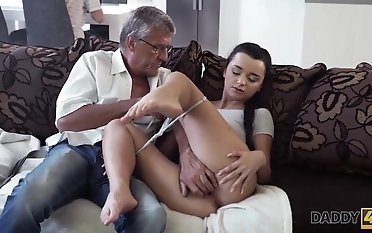 DaddyDY4K. Erica will never leave behind molten orgy with daddy of her fellow