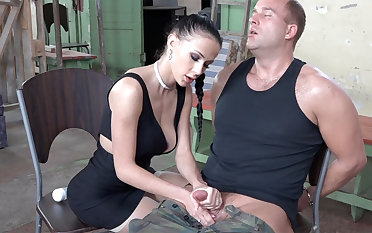 Sexy brunette play encircling dick be beneficial to military