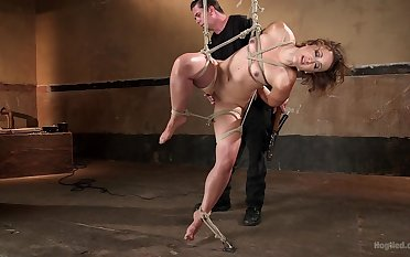 Petite honey Dylan Ryan gives personally fro the master of tormenting