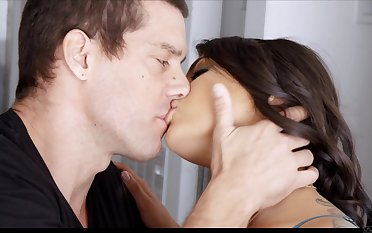 Brunette young gentleman respecting weighty booty Gina Valentina loves riding fat prick