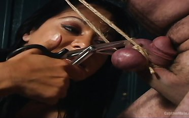 Brutal and painful penis torture by ebony latitudinarian Sandra Romain