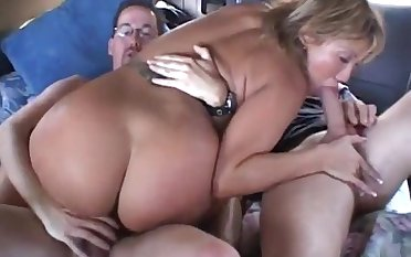 Car Gangbang and double penetration