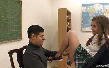 Black-haired Renata Fox needs both a man rod and a fucktoy to be sated